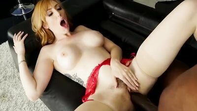 Redhead bitch with gorgeous Tits banging anal with Negro